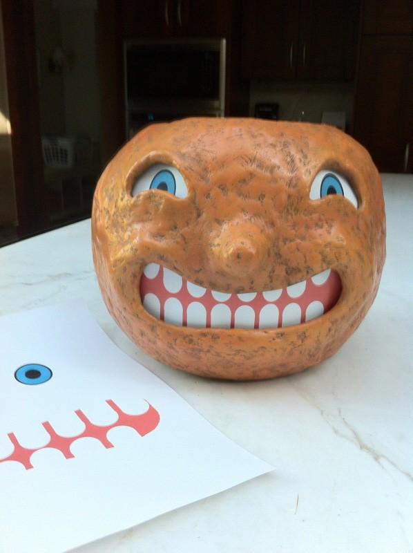 Make a Paper Mache Halloween Pumpkin Lantern | Ultimate ...