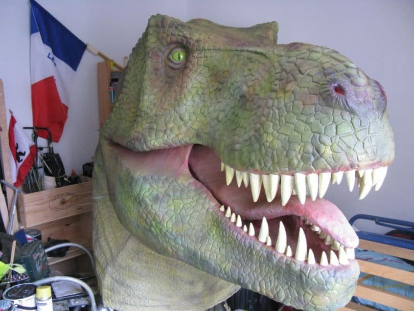 Nick allen makes more dinosaurs ultimate paper mache for How to make a sculpture out of paper mache