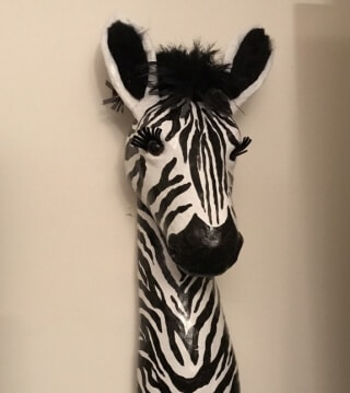 Vintage Today we have a guest post by Barbara Corak who made a zebra wall hanging to go with the other Africa themed decor in her home I love the mane