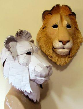Helmet-style lion mask pattern.