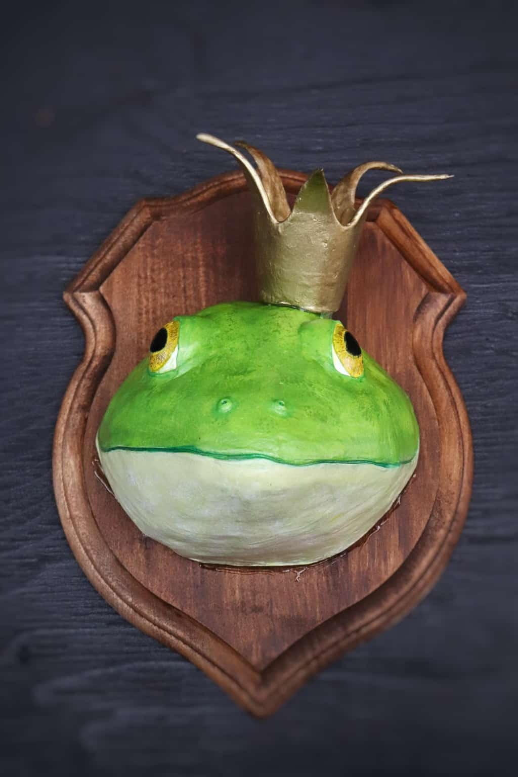 Paper mache King bullfrog wall sculpture