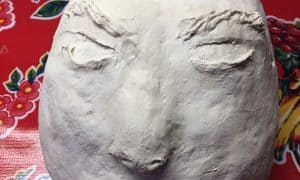 Face with piped air dry clay