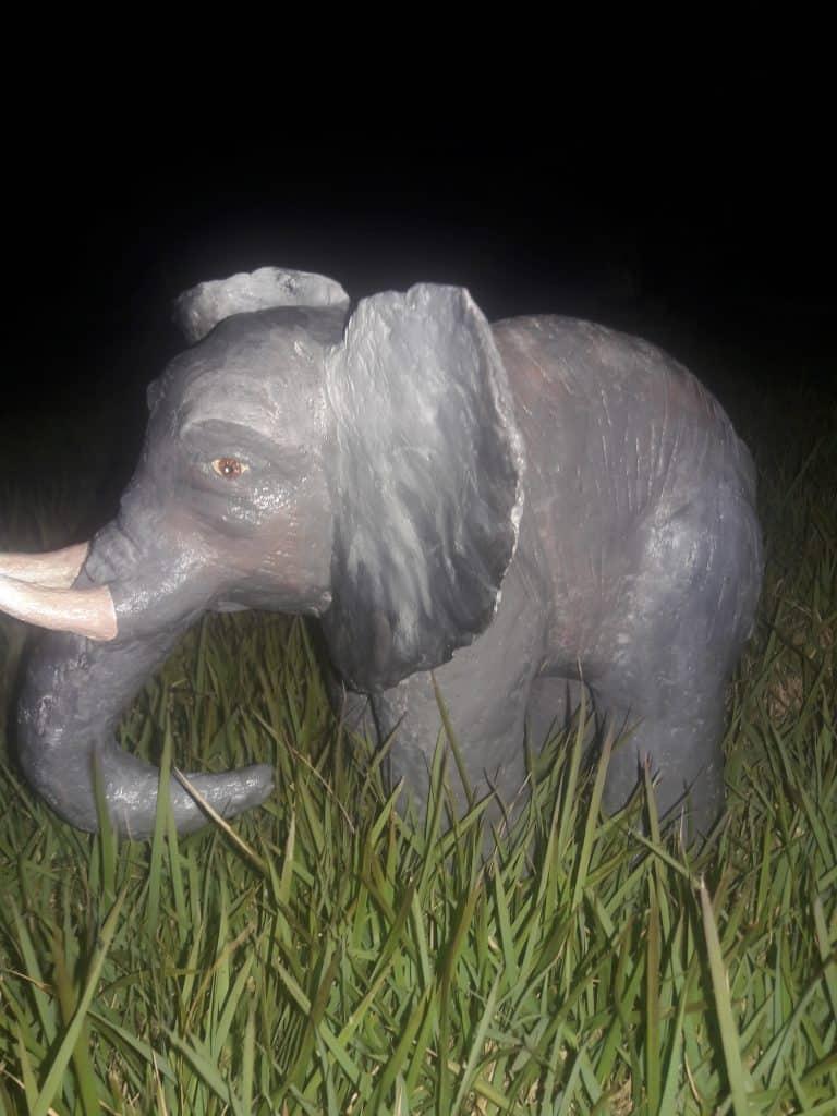 Elefante em papel machê!