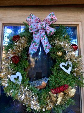 paper mache robin in wreath