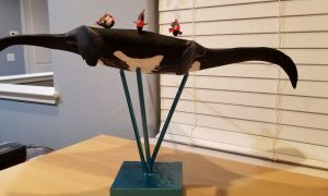 Manta Ray sculpture with cleaner fish