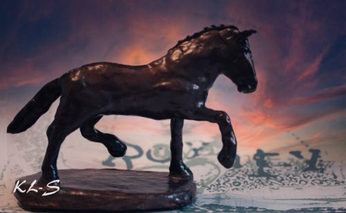 Horse made by Lummie Bergsma
