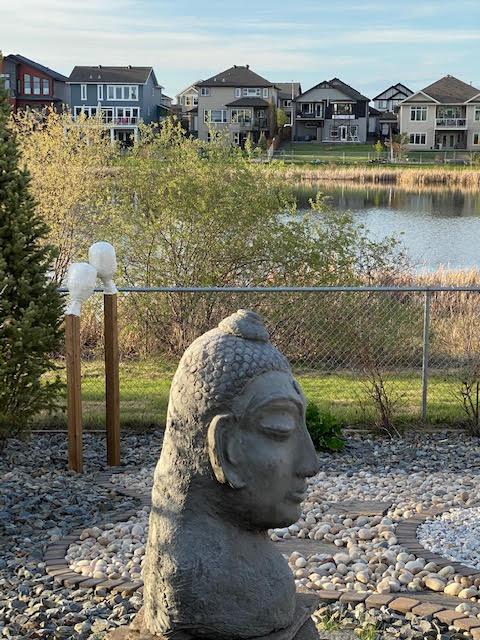 Backyard-Sculptures