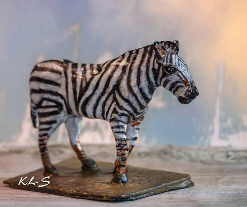 Zebra sculpture by Lummie Bergsma