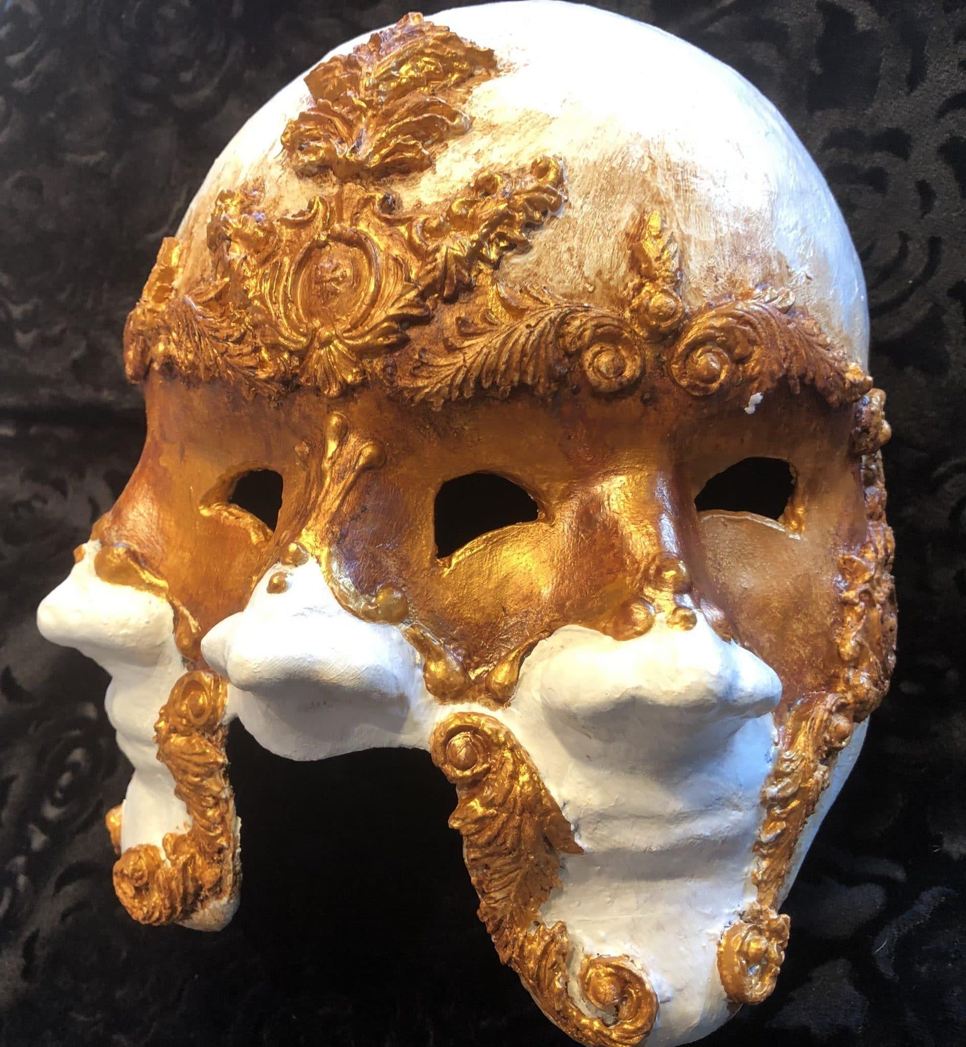 Three-faced mask