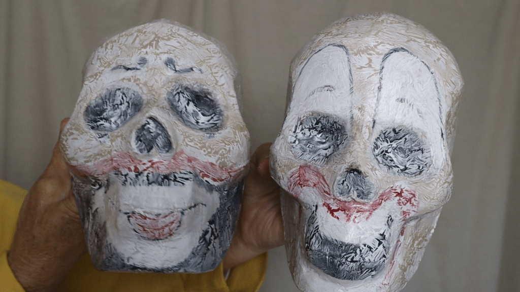 Skulls with the second crackle glaze